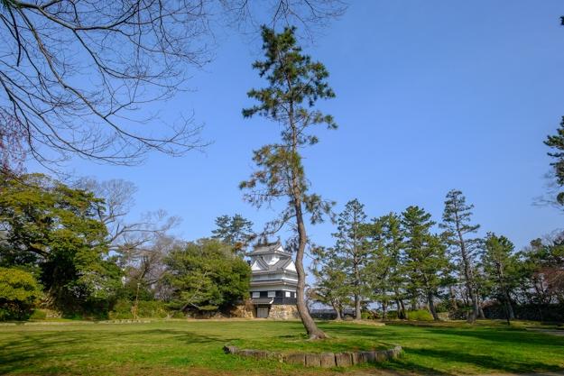 yoshida-2585b-2596