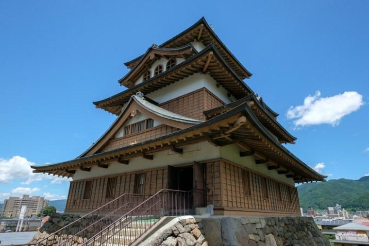 takashimajo042-8653