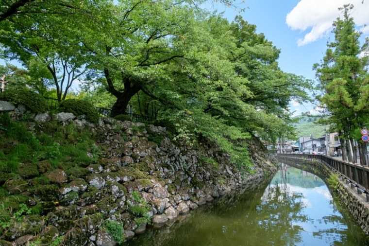 takashimajo071-8692